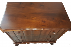 chest of drawers top